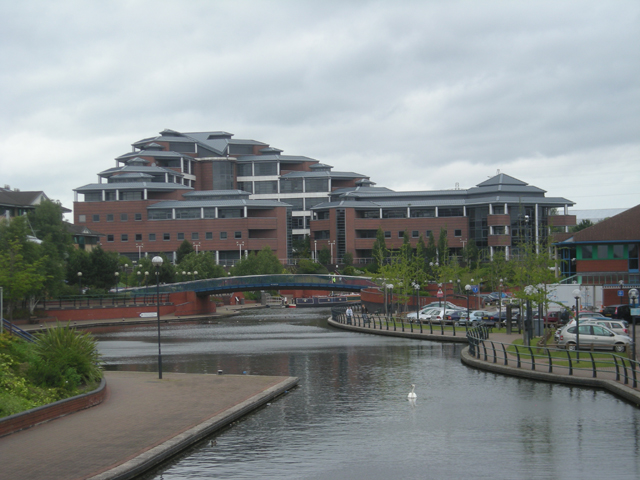 The Waterfront at Merry Hill