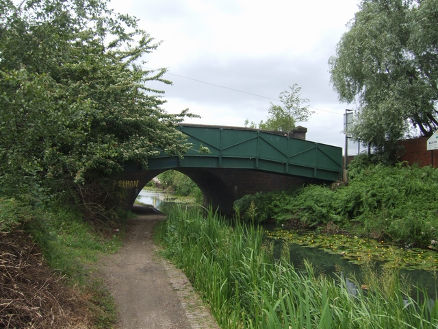 Walsall Canal - Bentley Road Footbridge
