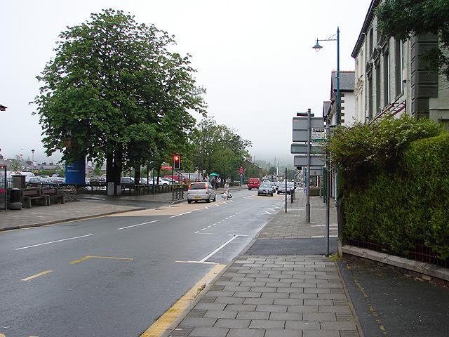 Stryd Fawr/High Street Porthmadog