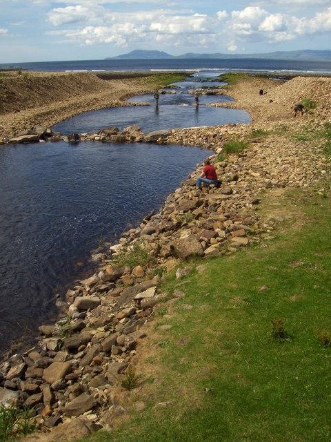 Fishing near An Tulachan / Tullaghan