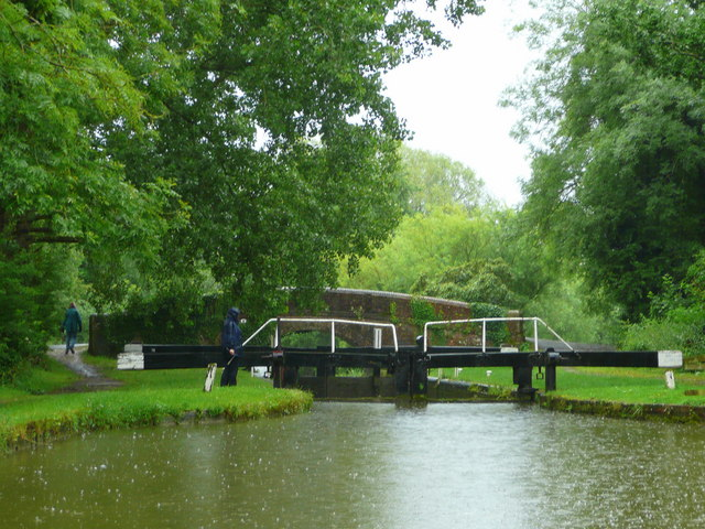 Kennet and Avon Canal east of Hungerford 4