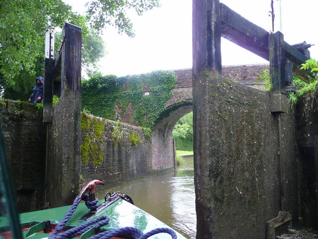 Kennet and Avon Canal east of Hungerford 6