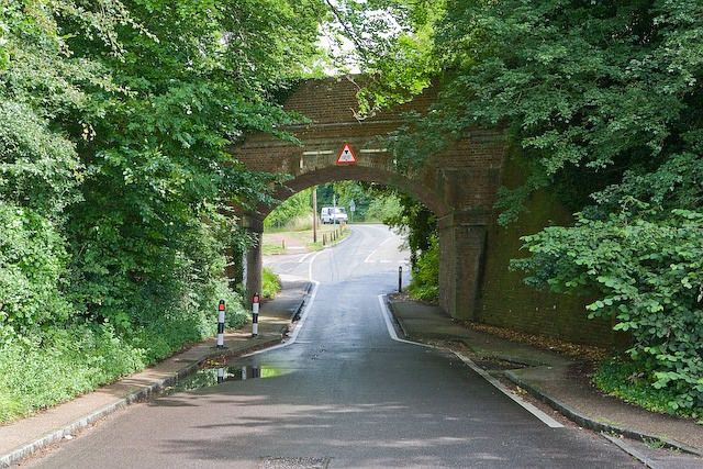 Disused railway bridge, Garnier Road, Winchester