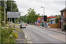 SU4828 : Junction on Bar End Road, Winchester by Peter Facey