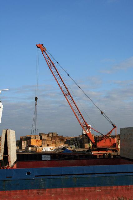 Discharging Timber at Barrow Haven Wharf
