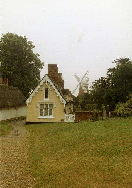 Almshouses & windmill