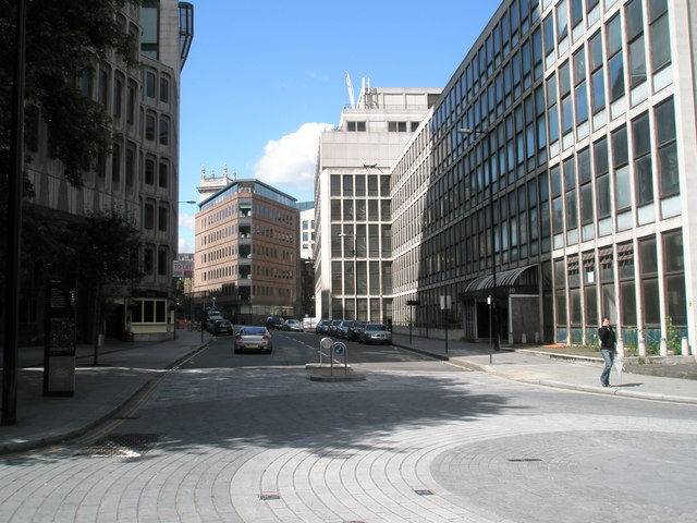 Looking southwards down Shoe Lane