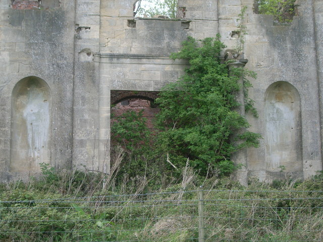 Piercefield House - close-up of main entrance