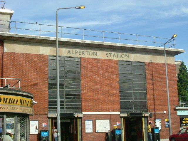 Alperton station, Wembley