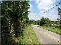 TG0524 : Cul-de-sac to Old Hall Farm by Evelyn Simak