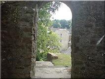 SM9515 : Through the arch by Deborah Tilley