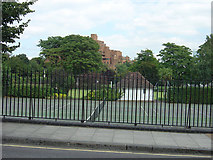 TQ3580 : King Edward Memorial Park, Shadwell by Alan Murray-Rust