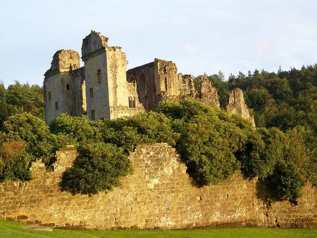 Evening sun on Old Wardour Castle