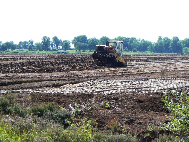 Mechanised peat digging