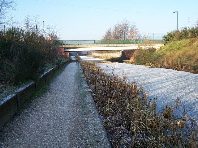 Reservoir Place Bridge - Walsall Canal
