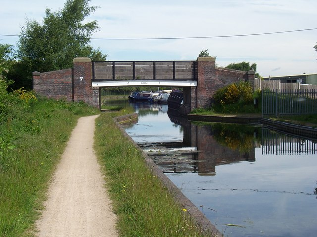 Northywood Bridge - Daw End Canal