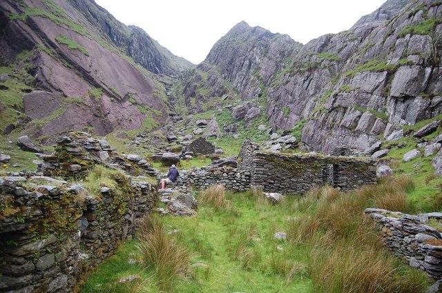 Abandoned hamlet at Cumingeera