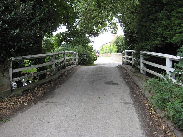 Narrow bridge, Huntington
