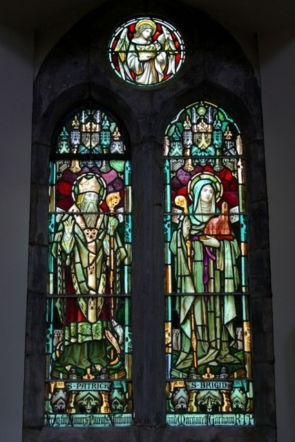 Stained glass window (vi)