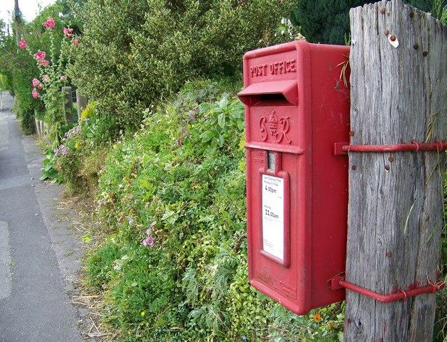 George VI Postbox, Sixpenny Handley