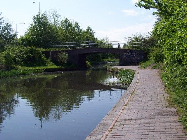Doe Bank Bridge - Walsall Canal
