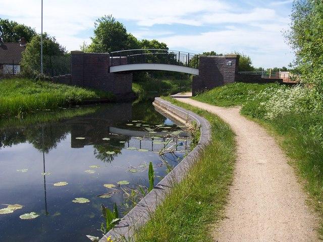 Hollanders Bridge - Daw End Canal