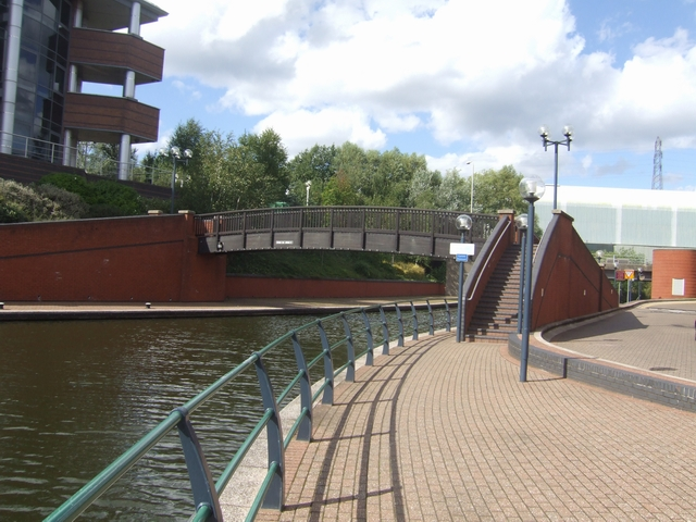Dudley No 1 Canal - Round Oak (1) Bridge