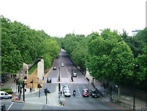 TQ2879 : Constitution Hill, SW1 by Phillip Perry