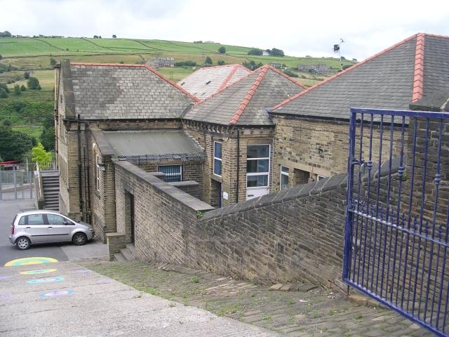 Bolton Brow Primary School - Pye Nest Road