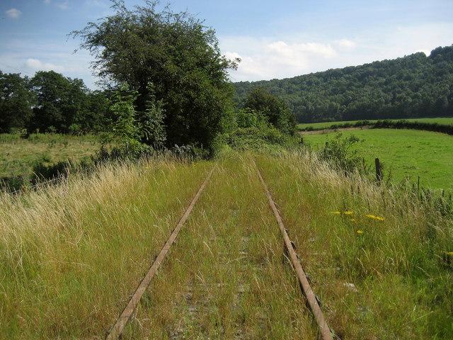 Disused Railway south of Porth-y-waen