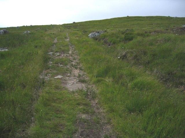 Climbing the flank of Sròn Leachd a' Chaorain
