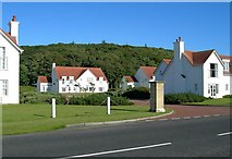 NS2006 : Turnberry Lodges by Mary and Angus Hogg