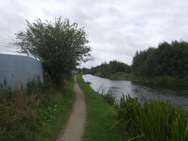 Wyrley and Essington Canal - near Pelsall Road