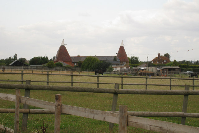 The Round Oast & The Square Oast, Siloam Farm, Mierscourt Road, Rainham, Kent