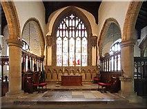 SD5192 : Holy Trinity Church, Kendal, Cumbria - Sanctuary by John Salmon