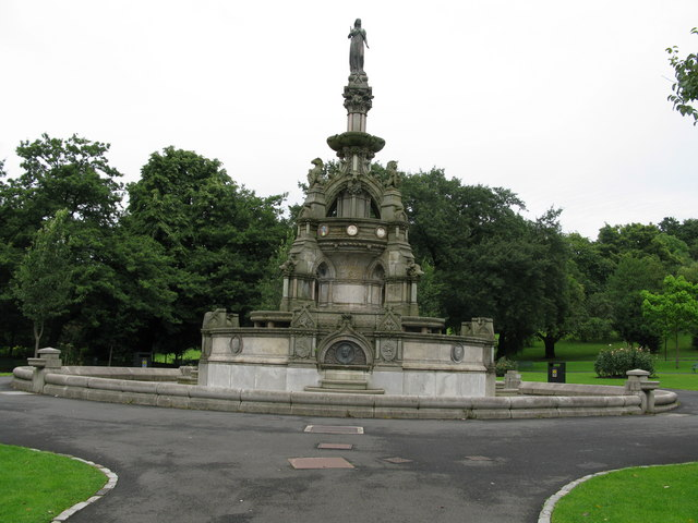 Fountain in Kelvingrove Park