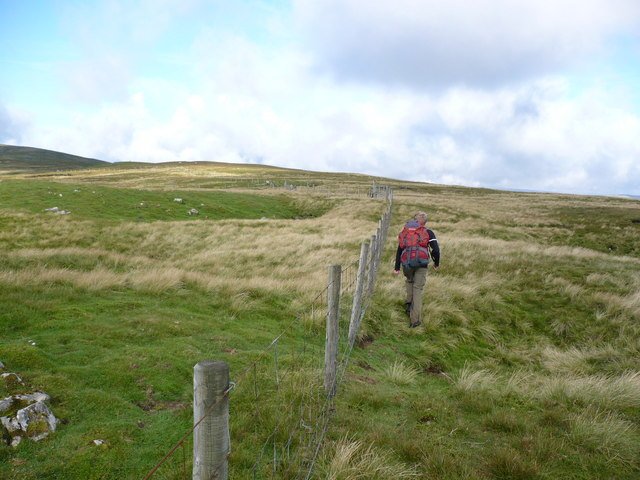 Approaching the plateau of Mickle Fell