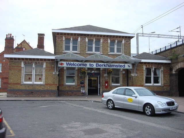 Berkhamsted railway station, main entrance