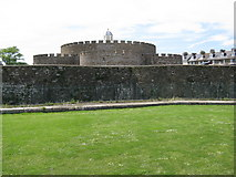 TR3752 : Deal Castle by Alan Swain