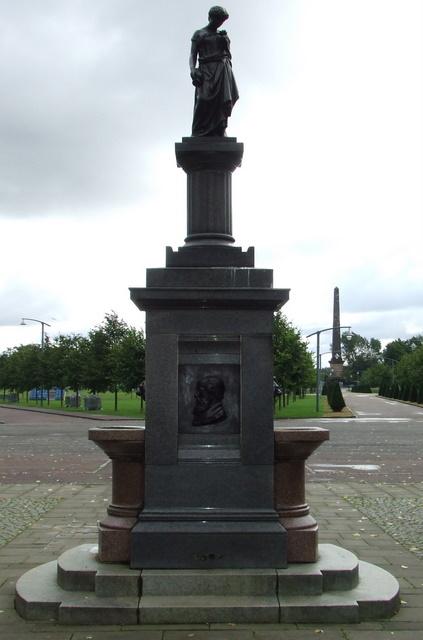 Temperance Movement statue