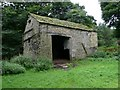 SE1900 : Swinden Barn by Wendy North