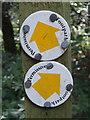 SU8090 : Permissive footpath sign, Moorend Common by David Hawgood