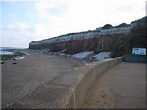 TF6741 : Hunstanton cliffs by Hugh Venables