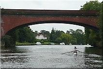 SU9081 : Maidenhead railway bridge by Graham Horn