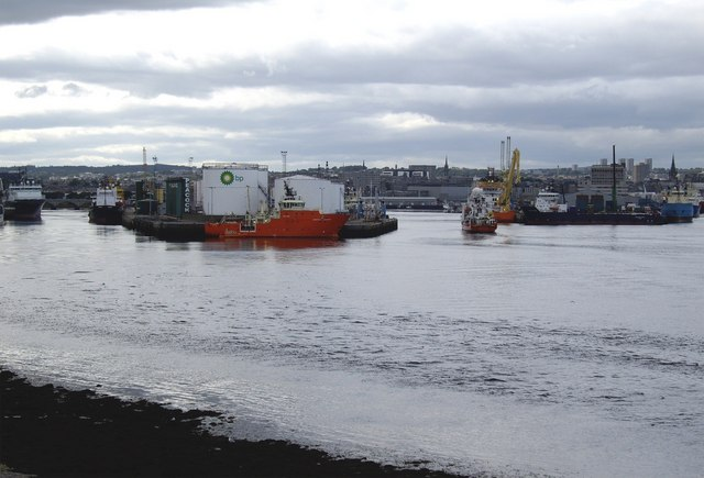 Point Law, Aberdeen Harbour