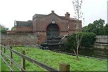 SU9777 : Waterworks at Romney Lock by Graham Horn