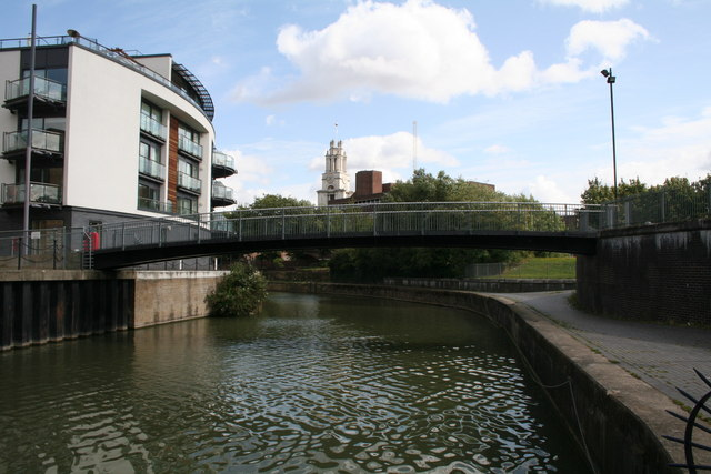 Footbridge over Limehouse Cut