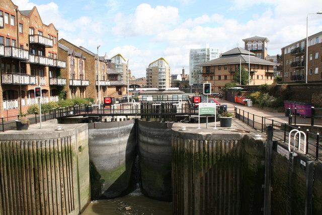 Limehouse Lock