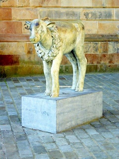 Graham Square - The Calf