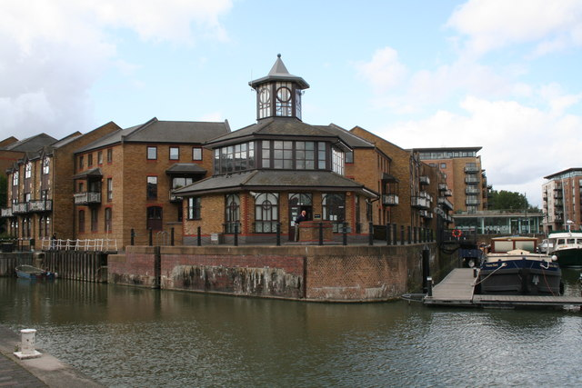 Marina office, Limehouse Basin